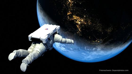astronaut-im-weltraum